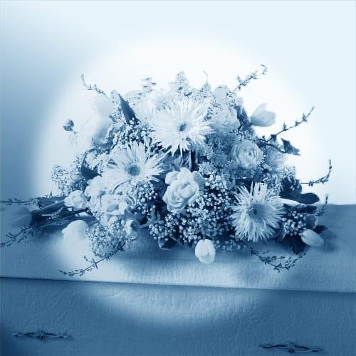 Arrangements pour cercueil